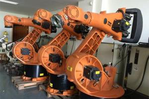 库卡工业机器人 螺丝装配演示